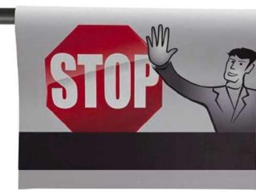 Percha de señal de atención Stop